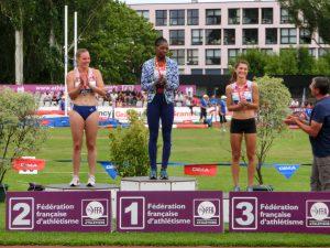 podium Carine
